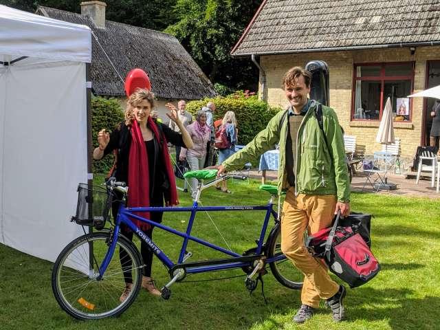 Duo Munk-Riegels på tur med deres Tandem